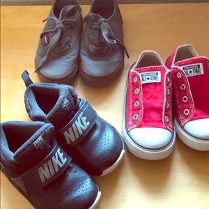Toddler Sz 8 Shoe Bundle - Nike Chucks Levi's